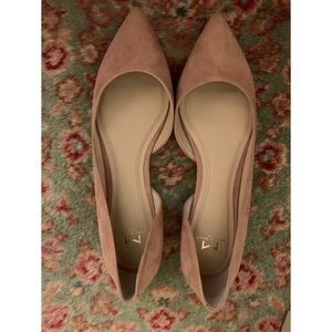 Marc Fisher NEW light pink/beige suede flats